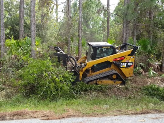 Lot clearing-Florida Tree Service Pros-We Offer Tree Trimming Services, Tree Removal, Tree Pruning, Tree Cutting, Residential and Commercial Tree Trimming Services, Storm Damage, Emergency Tree Removal, Land Clearing, Tree Companies, Tree Care Service, Stump Grinding, and we're the Best Tree Trimming Company Near You Guaranteed!