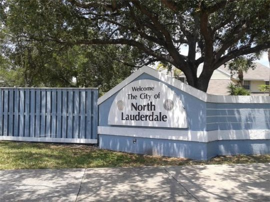 North Lauderdale-Florida Tree Service Pros-We Offer Tree Trimming Services, Tree Removal, Tree Pruning, Tree Cutting, Residential and Commercial Tree Trimming Services, Storm Damage, Emergency Tree Removal, Land Clearing, Tree Companies, Tree Care Service, Stump Grinding, and we're the Best Tree Trimming Company Near You Guaranteed!